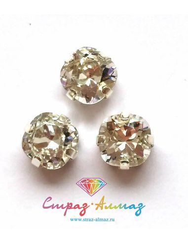 Квадрат скругленный в серебристых цапах качество люкс, 8 мм., цвет 101, кристалл