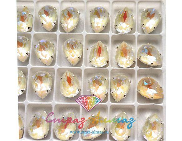 Капля в серебристых цапах качество люкс, 10х14 мм., цвет ДЛ1  белый ДЛ